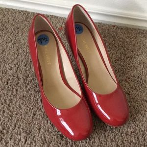 Nine West Red Womens Dress Shoes size 7.5